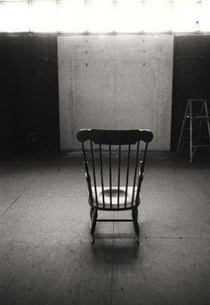 Agnes Martin studio 1965 (such a plain photo...but I love it.)