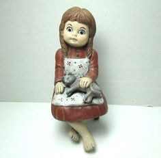 Vintage-Hand-Painted-Little-Girl-with-Cat-Figurine