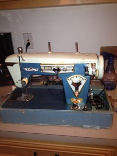 Vintage Japanese 'Badged' Zig Zag and Straight Sew Sewing Machines - Page 5
