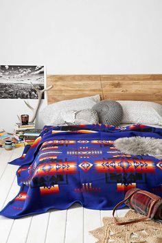 jeté de lit aux motifs aztèques
