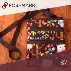 Crossbody Purse Condition +Like New  Highlights  +2 pockets +Lots of space!!  Bundle Discount: 10% Off 3+ items  *no trades**no modeling* Bags Crossbody Bags