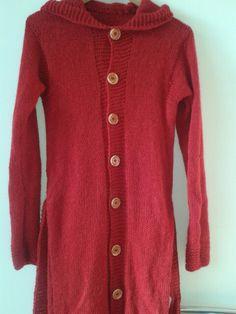 Pre karkulku Sweaters, Fashion, Mantle, Moda, Fashion Styles, Sweater, Fashion Illustrations, Sweatshirts, Pullover Sweaters