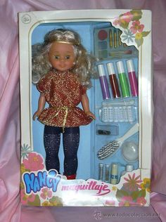 We Remember, Doll Clothes, Lunch Box, Objects, Childhood, Dolls, Disney Princess, Disney Characters, Vintage