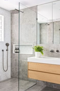 Bathroom interior 562246334728131263 - Mosman Bathroom – Joanne Green Landscape & InteriorJoanne Green Landscape & Interior Source by josephinenavio Modern Bathroom Lighting, Modern Bathrooms Interior, Contemporary Bathroom Designs, Modern Master Bathroom, Bathroom Interior Design, Small Bathroom, Grey Floor Tiles Bathroom, Bathroom Feature Wall Tile, Green Bathrooms