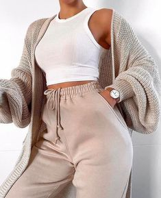 missy empire Nathalie beige cardigan with balloon sleeves - sleeves . missy empire Nathalie beige cardigan with balloon sleeves - Always aspired. Cute Lazy Outfits, Retro Outfits, Simple Outfits, Vintage Outfits, Fresh Outfits, Cute Lounge Outfits, Girly Outfits, Outfits 90s, Boohoo Outfits