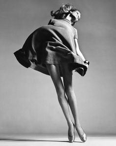 Veruschka, dress by Bill Blass, New York, January 4, 1967
