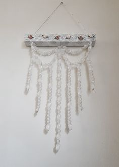 Feather Design, White Feathers, Dream Catcher, Crochet Earrings, Jewelry, Home Decor, Dreamcatchers, Jewlery, Decoration Home