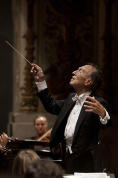 ♡Claudio Abbado (1933-2014), was an Italian conductor. He served as music director of the La Scala opera house in Milan, principal conductor of the London Symphony Orchestra, principal guest conductor of the Chicago Symphony Orchestra, music director of the Vienna State Opera, and principal conductor of the Berlin Philharmonic orchestra from 1989 to 2002. He was known for his Germanic orchestral repertory as well as his interest in the music of Rossini and Verdi.