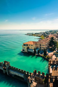 Lago di Garda - Italia, between Verona & Milan Places Around The World, The Places Youll Go, Travel Around The World, Places To See, Beautiful Places To Visit, Wonderful Places, Dream Vacations, Vacation Spots, Vacation Travel