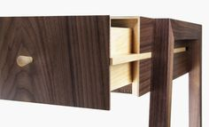 'Animate' writing desk by David Young for Young &... - Design Durability*