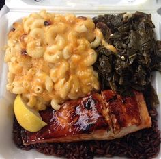 Fishy Tales Food Truck IG: fishytales_foodtruck Hartford, CT CLICK HERE for more black owned businesses!