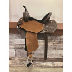 WESTERN RAWHIDE by JIM TAYLOR PRO BARREL RACER SADDLE Barrel Racing Saddles, Barrel Saddle, Barrel Racing Horses, Western Pleasure Horses, Horse Show Clothes, Reptile Cage, Reptile Enclosure, Horse Care, Show Horses