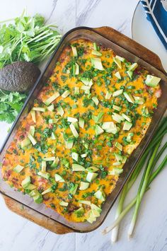 Migas Casserole is a twist on a traditional breakfast egg bake. Tortilla chips create the base and then it gets layered with bacon, salsa, eggs, and other goodies! Breakfast Egg Bake, Camping Breakfast, Breakfast Casserole, Breakfast Recipes, Camping Meal Planning, Camping Food Make Ahead, Camping Meals, Camping Cooking, Camping Hacks
