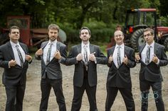 Best man and groom picture at Auberge des Gallant - by Juno Photo