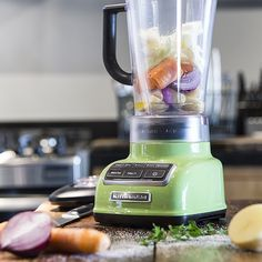 Sopa de Liquidificador: uma combinação deliciosa entre praticidade e sabor. Anote essa receita!  #KitchenAid