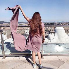 WEBSTA @missisn Playing with wind and @wearforest dress😌 // Еще одна смотровая в Риме и любимое платье от @wearforest и @lizasidorina, которое я все-таки успела поносить в этом году💃🏽, и это