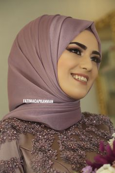 Fatima Çapkanman The bride # gelinbasi # gelinsaci # bride # wedding dress # hijab # turban # . Turban Hijab, Hijab Dress, Hijab Outfit, Wedding Hijab Styles, Hijab Wedding Dresses, Dress Wedding, Bridesmaid Dresses, Bridal Hijab, Hijab Bride