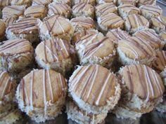 Medovníčky Desert Recipes, Christmas Cookies, Pork, Meat, Breakfast, Type 3, Facebook, Photos, Food And Drinks