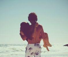 beach, boyfriend, couple, girlfriend - inspiring picture on Favim.com