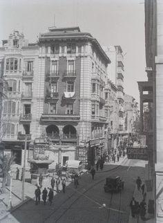 Plaza de la Constitución. Zona inferior de la Rambla de Méndez Núñez Año: 1940