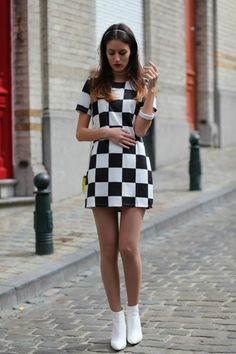 Best Fashion Tips For Women Over 60 - Fashion Trends Sixties Fashion, 60 Fashion, Vintage Fashion, Fashion Ideas, Sporty Fashion, Womens Fashion, 1960s Mod Fashion, Winter Fashion, Fashion Quotes