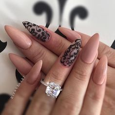 """Pointy nail designs are better known at the salons as """"Stiletto nails"""", perhaps the title explains why they have grown into such a popular fashion trend. Pointy Nails, Lace Nails, Almond Acrylic Nails, Almond Nails, Beautiful Nail Art, Gorgeous Nails, Hair And Nails, My Nails, Perfect Nails"""