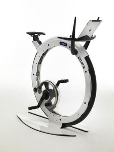 The 'Tonino Lamborghini Ciclotte' exercise bike, by Milanese designer Luca… Velo Design, Gym Design, Rando Velo, Pimp Your Bike, Lamborghini, Health Images, Bicycle Workout, Spin Bikes, Technology Gadgets