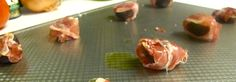 Prosciutto Figs at http://sodelushious.com/prosciutto-figs/