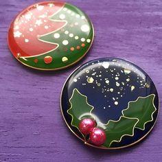 Pecher(ペッシェ) (@pecher_momo) | Instagram photos and videos Diy Uv Resin, Plastic Resin, Shrink Plastic, Resin Crafts, Resin Art, Christmas Crafts, Christmas Decorations, Shrinky Dinks, Types Of Craft
