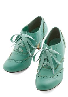 Dance Instead of Walking Heel in Mint | Mod Retro Vintage Heels | ModCloth.com