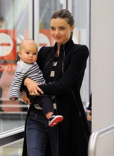 www.celebritybabyscoop.com files 2011 08 miranda-kerr-flynn-arrive-in-melbourne-1-960x1309.jpg