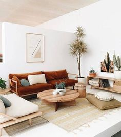 The color currently inspiring team domino? A shade reminiscent of a deep terracotta. Tap the link in our bio to explore (and shop!) the trending hue. Photo by @wearepampa #SOdomino