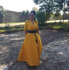 Shweshwe Dresses 2017 South Africa Outfits Come And See - style you 7 African Attire, African Wear, African Women, African Dress, African Style, African American Fashion, African Print Fashion, Africa Fashion, South African Traditional Clothing