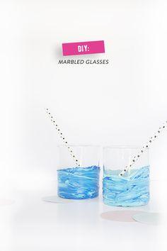 DIY: marbled glasses