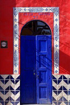 Rojo y azul ...