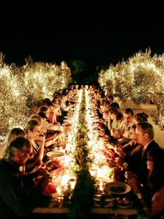13 Tips on The Art of Hosing a Dinner Party - See more at: http://theartofplating.com/editorial/13-tips-on-the-art-of-hosting-a-dinner-party-2/