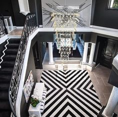 Black and white rug pattern for great room seating area