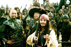 Pirates of the Caribbean: At World's End - Publicity still of Johnny Depp, Naomie Harris, Chow Yun-Fat & Geoffrey Rush Captain Jack Sparrow, Johnny Depp, Hector Barbossa, Pirate Life, The Best Films, Orlando Bloom, Pirates Of The Caribbean, End Of The World, Funny Faces
