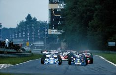 1976 Italian Grand Prix Start by F1-N°. 26: Jacques Laffite (FRA) (Ligier Gitanes), Ligier JS5 - Matra MS73 3.0 V12 (finished 3rd) N°. 3: Jody Scheckter (ZAF) (Elf Team Tyrrell), Tyrrell P34 - Ford-Cosworth DFV 3.0 V8 (finished 5th)