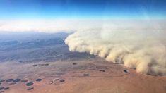 From feet, pilot Fahad al-Mughira documented a sandstorm that hit Wadi al-Dawasir in Saudi desert - Al Arabiya English Le Vent Se Leve, Jeddah, Natural Disasters, Saudi Arabia, Deserts, Waves, Clouds, Altitude, Outdoor