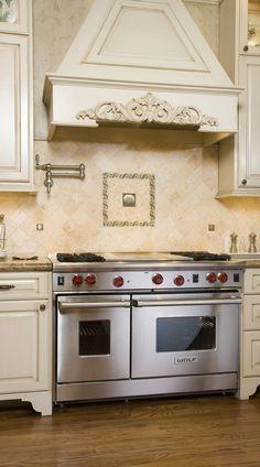 Antiqued ivory beige color travertine tile for kitchen backsplash projects. Beige Kitchen Cabinets, Kitchen Cabinet Colors, Kitchen Colors, Kitchen Backsplash, Backsplash Design, Design Kitchen, Travertine Tile Backsplash, Granite Countertop, Cream Colored Cabinets