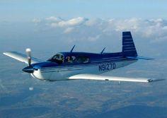 Mooney M20 Mooney Aircraft, Piper Aircraft, Pilot Uniform, Aviation Fuel, Pilot License, Retro Art, Ciel, Gliders, Spacecraft