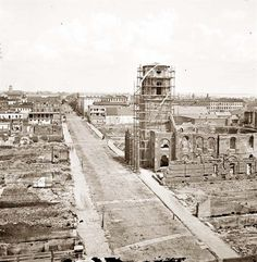 Charleston, SC at the end of the Civil War showing Circular Church