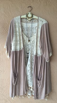 Anthropologie Violet Bohemian beach crochet lace and cotton kimono with pockets / Bohemian Angel