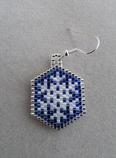Beaded Snowflake Earrings for Winter by DsBeadedCrochetedEtc