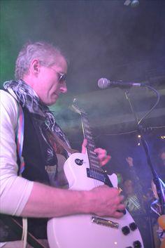 Livemusiikki, Gibson valkoinen