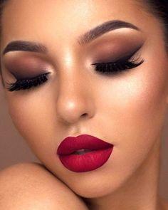 Make Up; Look; Make Up Looks; Make Up Augen; Make Up Prom;Make Up Face; Glitter Makeup Looks, Smokey Eye Makeup Look, Smokey Eyes, Eye Makeup Tips, Makeup For Brown Eyes, Cute Makeup, Gorgeous Makeup, Makeup Inspo, Makeup Hacks