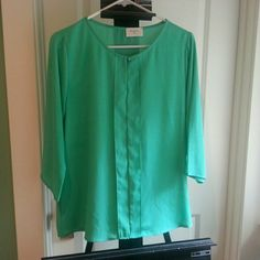 Cute Green Blouse Really cute green blouse, lightweight, perfect for spring and summer. 3/4 length sleeves. Only worn once! Everly Tops Blouses