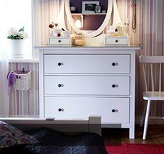 Serie HEMNES de IKEA