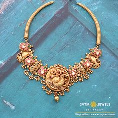 Look more traditional yellow gold short necklace is studded with,uncut diamonds,Real,Kemp stones and hung gold balls. Antique Jewellery Designs, Gold Jewellery Design, Gold Temple Jewellery, Saree Jewellery, India Jewelry, Gold Jewelry, Short Necklace, Gold Necklace, Antique Necklace
